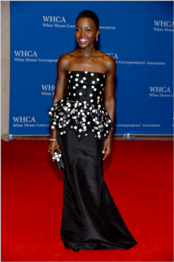 In Oscar De La Renta at the White House Correspondents' Dinner
